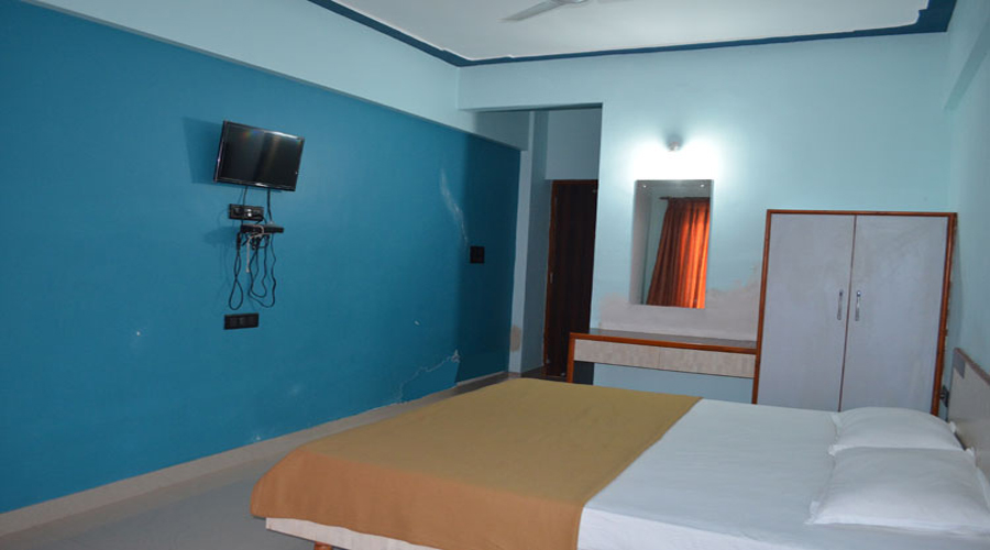 Akash Beach hotel kashid AC room