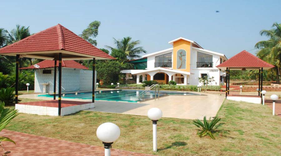 cheap hotels in Vengurla Sneha Farms at hotelinkonkan.com