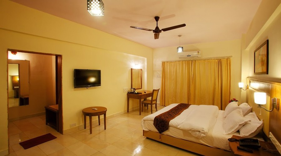 Kamath Recsidency in nagothane at hotelinkonkan.com