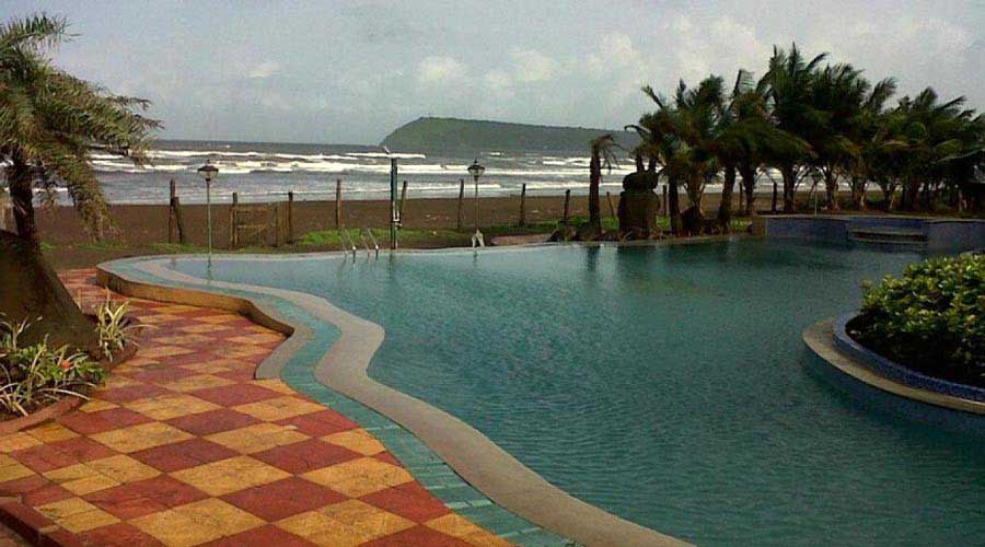 RatnaSagar Resort in ratnagiri at hotelinkonkan.com