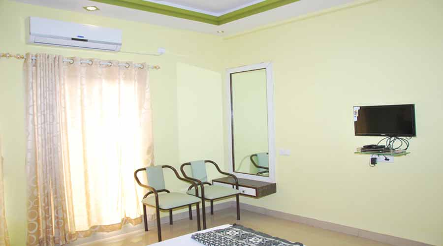 Raviraj Residency in harnai at hotelinkonkan.com