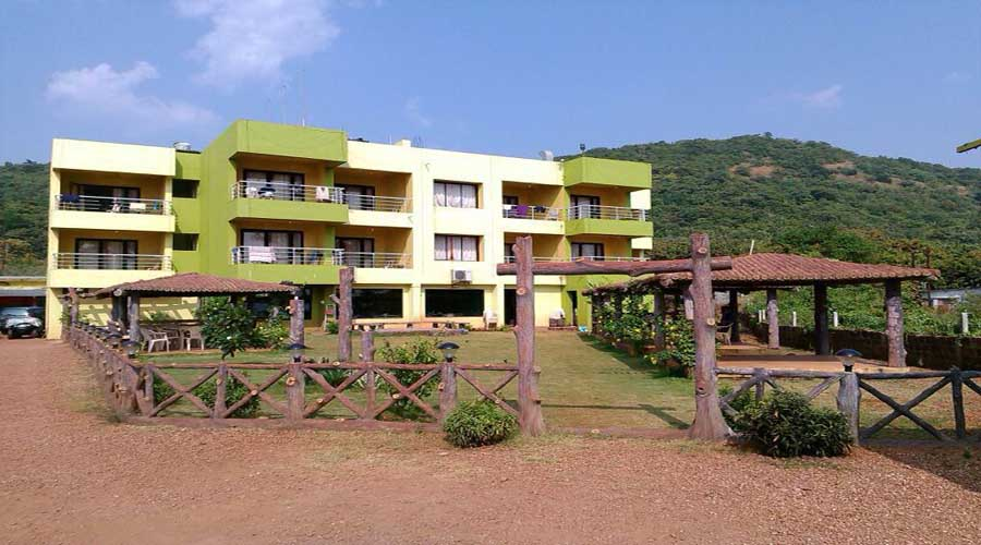 Sagar Raj Beach Resort in karde dapoli at hotelinkonkan.com