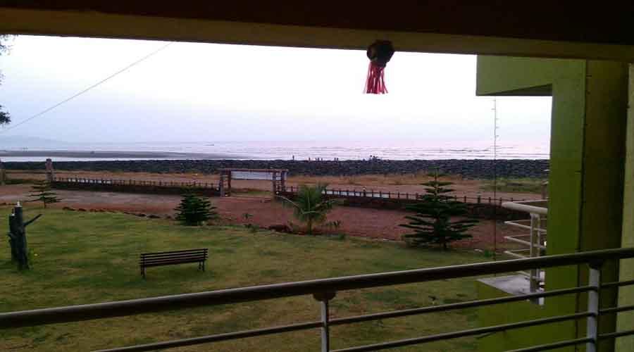 Sagar Raj Beach Resort In Karde Rooms Rates Photos Map Hotels In Karde
