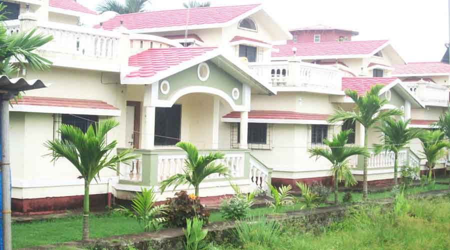Bungalow in diveagar for big family