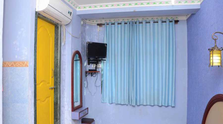 Ac rooms in Akshi