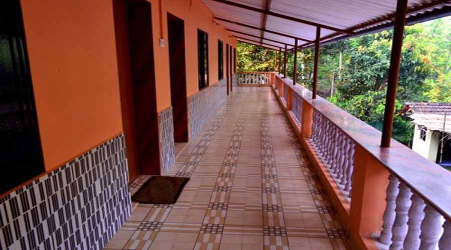 Awas Beach Cottage in kihim at hotelinkonkan.com