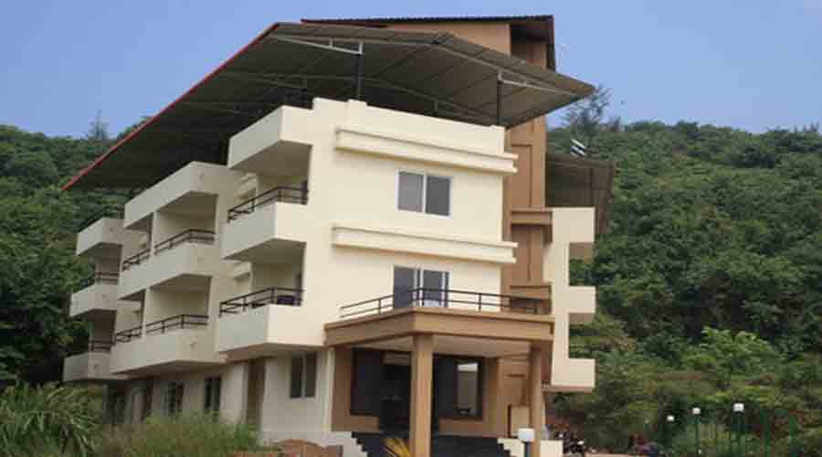 Sahil Inn in harnai at hotelinkonkan.com