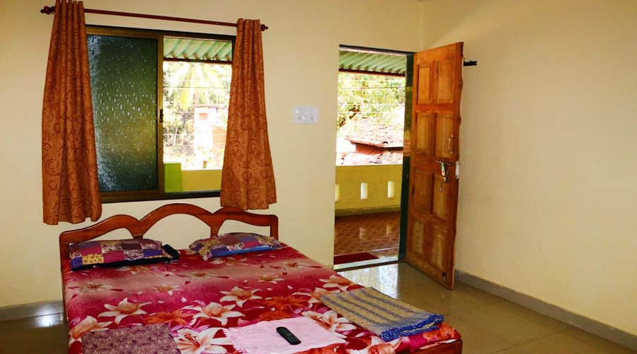 Ac room in tarkarli