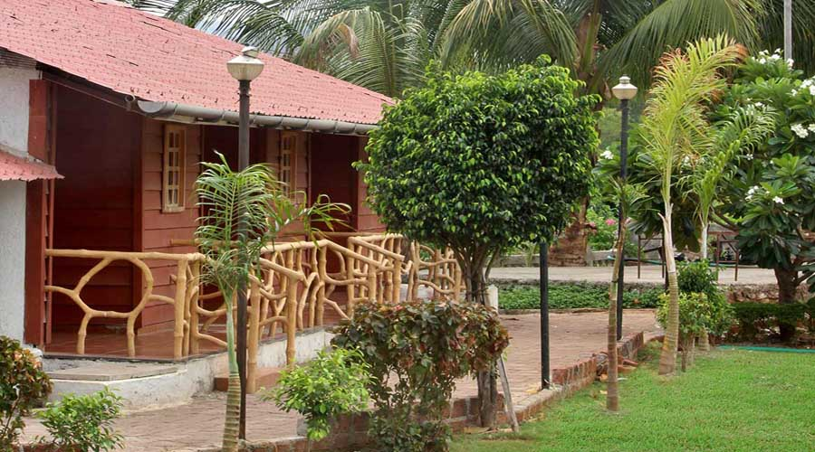 Rishivan Resort in khalapur at hotelinkonkan.com