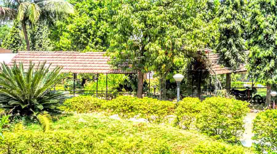 Sadanand Resort in Khalapur at hotelinkonkan.com
