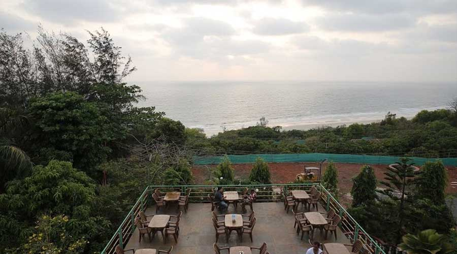 best hotels in ganapatipule Abhishek Bech Resort in ganapatipule luxury hotels in ganapatipule hotelsinkonkan.in