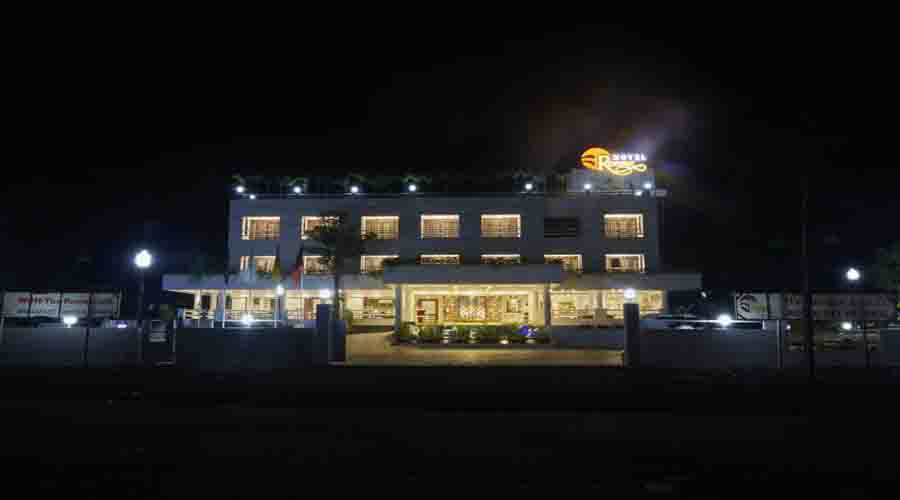 Hotel Reemz in chiplun at hotelinkonkan.com