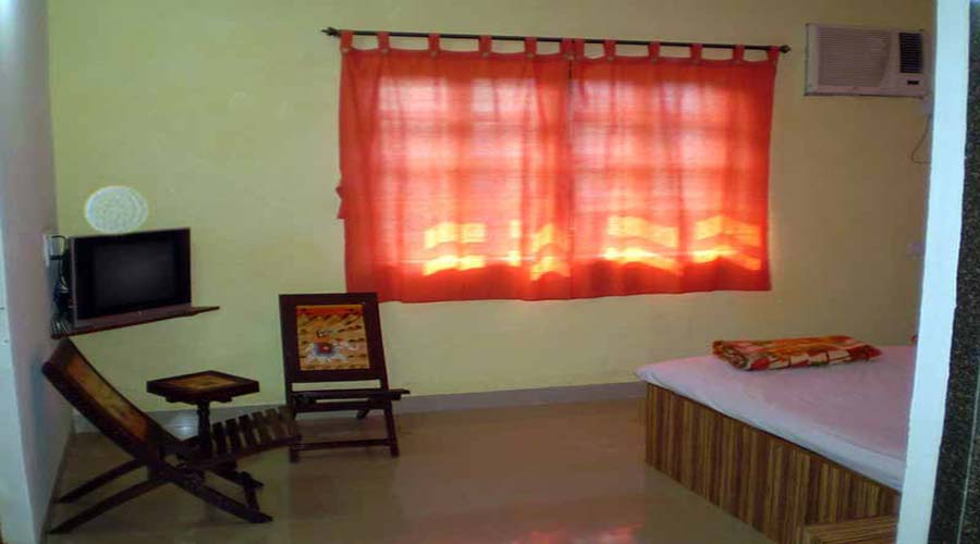 Non ac room in nagaon at hotelinkonkan.com