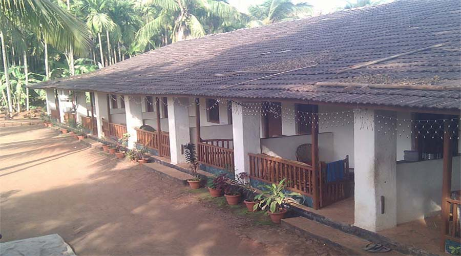 hotels in shrivardhan Savli Resort Economy cottage in shrivardhan diveagar hotelsinkonkan.in