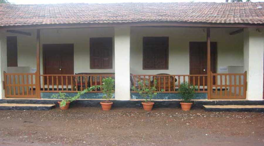 Savli Resort Economy cottage in shrivardhan diveagar hotelsinkonkan.in