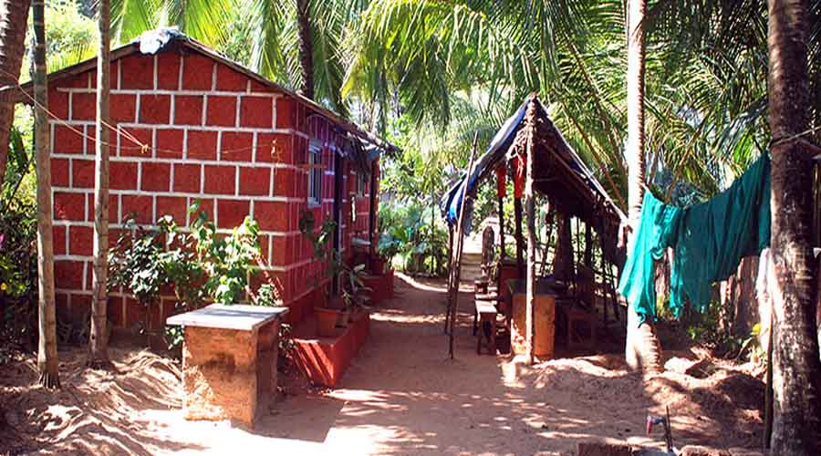 Abhishek Resort in tarkarli at hotelinkonkan.com