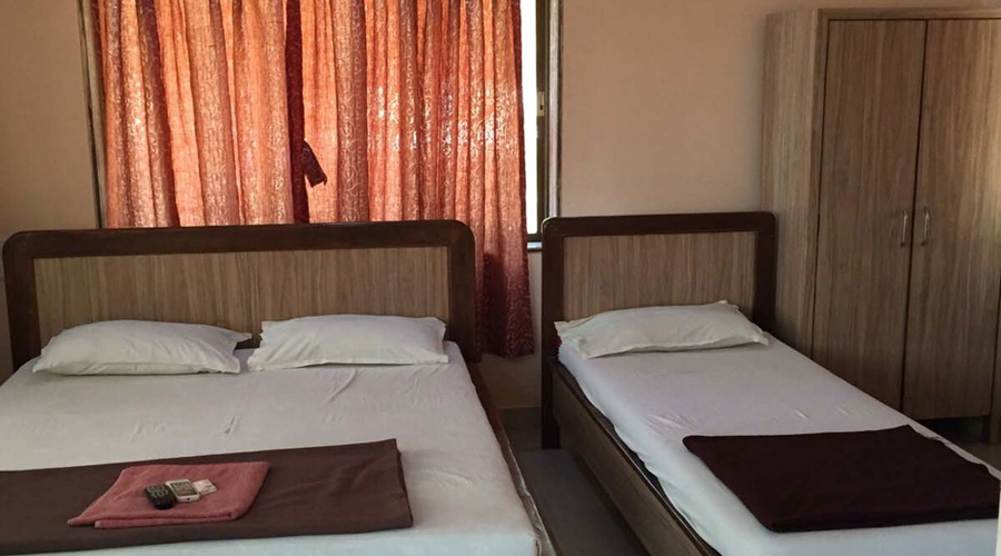 Murud Plaza AC room