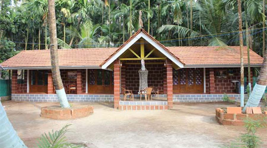 Niwant Cottage, resrot photo revdanda