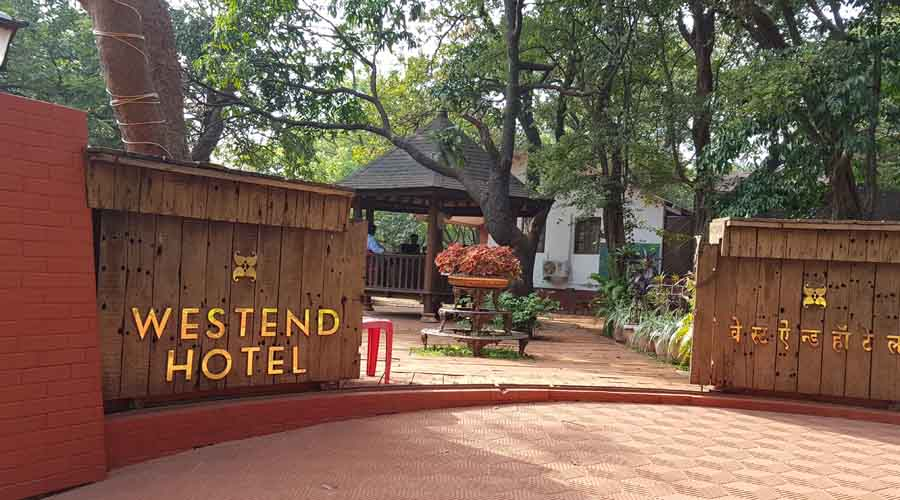 Westend Hotel In Matheran Rooms Rates Photos Map