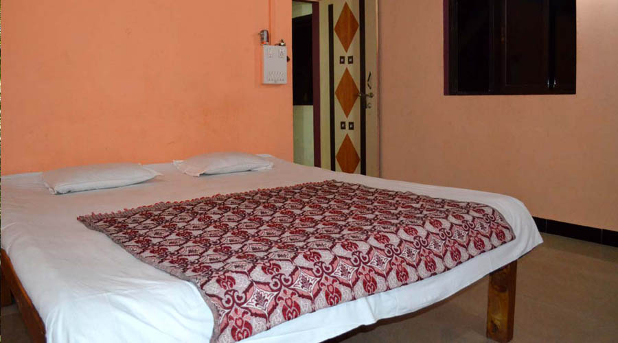 accomodation sea sahyadri niwas