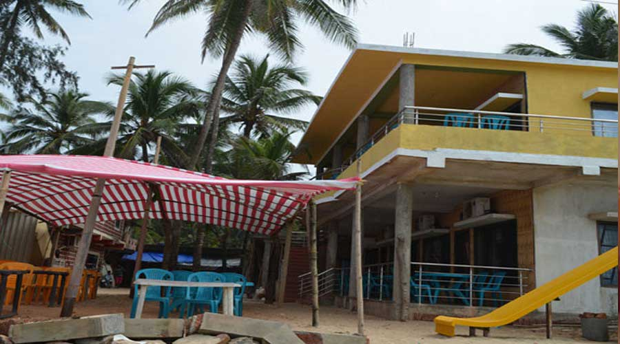 Siddhivinayak Beach Resort in devbaug at hotelinkonkan.com