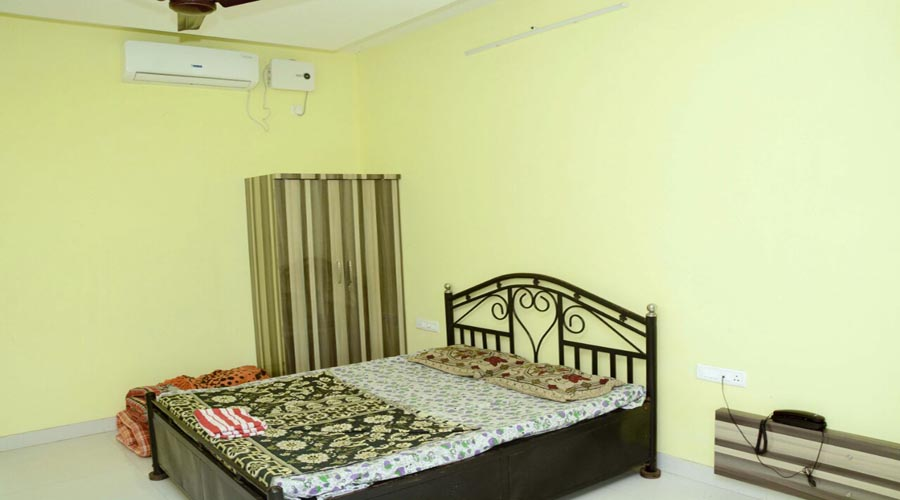 Shreyas Guest House in kashid at hotelinkonkan.com