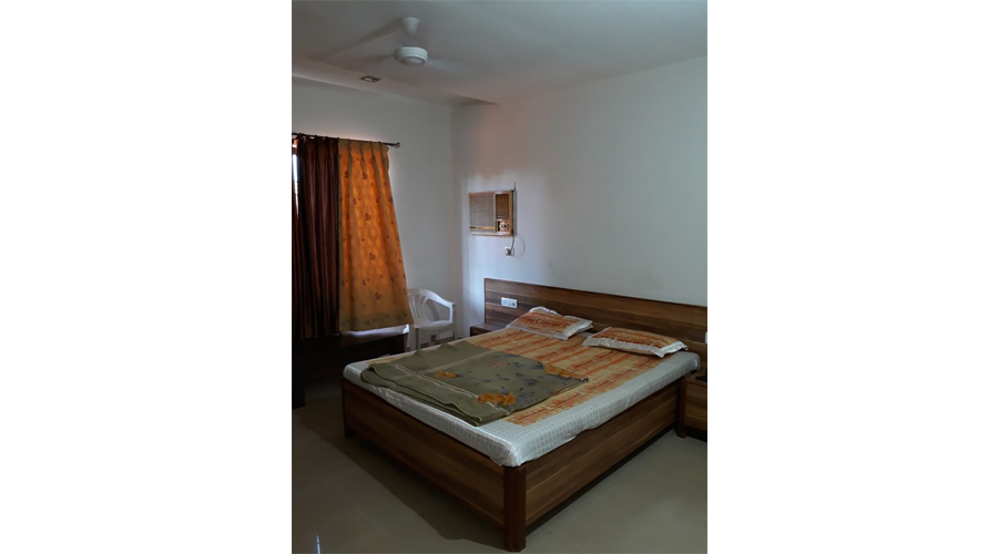 Hotel New Pathik harnai at hotelinkonkan.com