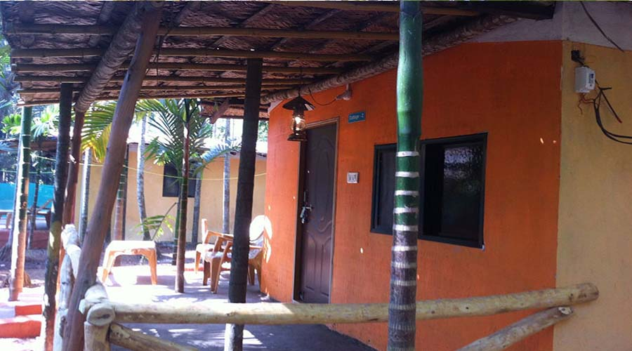 best economy hotels in diveagar  Rainbow Cottages hotelsinkonkan.in