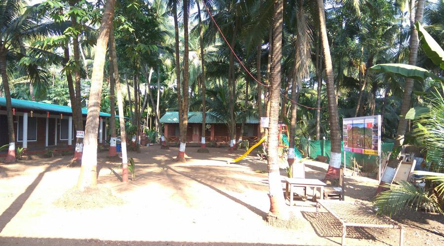 Sea coast beach resort in shrivardhan rooms rates photos - Resorts in diveagar with swimming pool ...