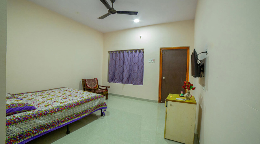 Non Ac room in ladghar